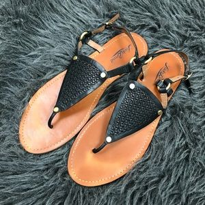 23bd2338c06964 Lucky Brand Shoes - Lucky Brand Abell Triangle Flat Sandals
